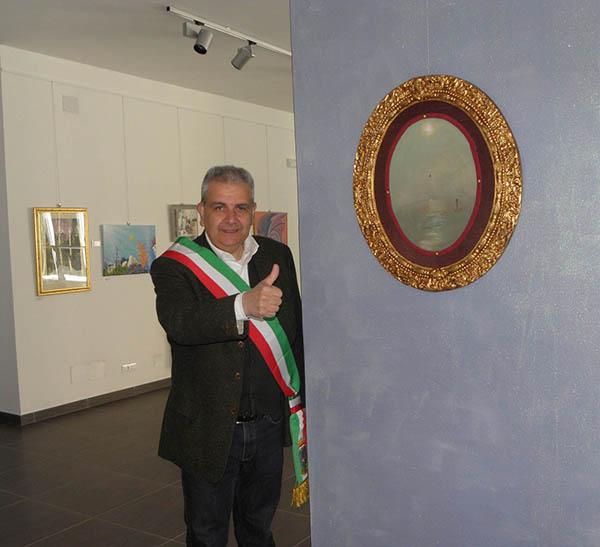 Mayor Stefano Farino of Teora with my painting.